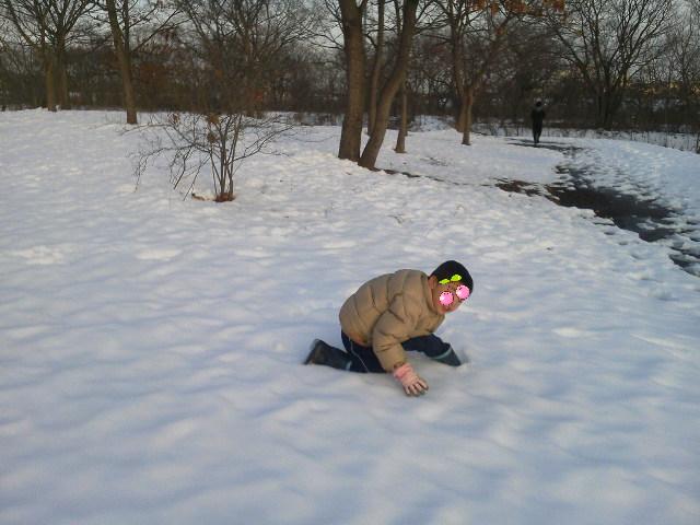 まだまだ雪遊び